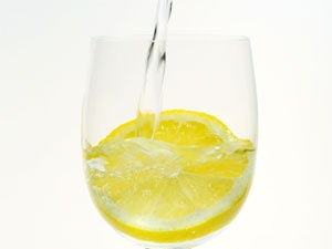 23228893-23228892_lemon-water